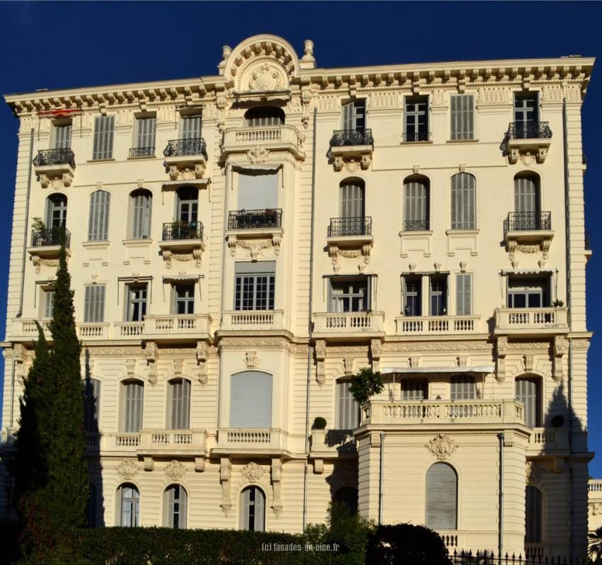 Fa ade de nice palais l 39 hermitage for Maitre d oeuvre en anglais